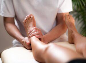 расслабляющий массаж ног